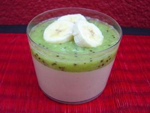 Crème au lait de coco, kiwis et bananes, sans oeufs sans gluten sans arachide