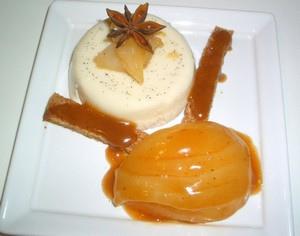 Panacotta aux épices, poires et caramel épicé sans oeufs