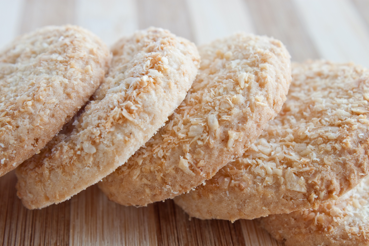 Biscuits à la noix de coco ©Anastasia Petrova -  Shutterstock