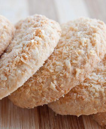 Biscuits à la noix de coco ©Anastasia Petrova shutterstock