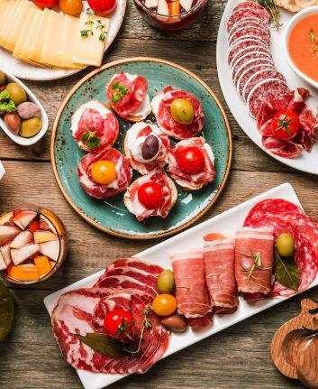 Buffet de tapas ©Goskova Tatiana. shutterstock