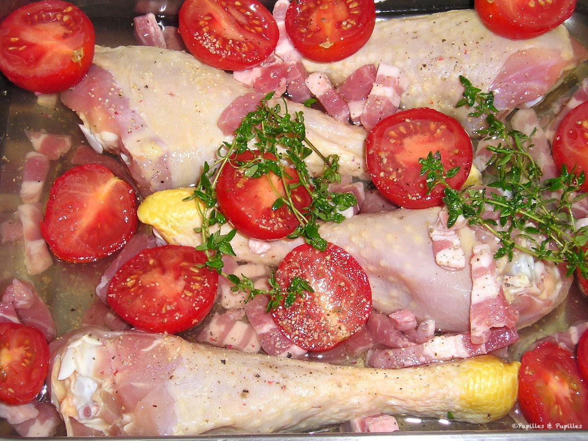 Cuisses de poulet au thym et à la tomate au four avant cuisson