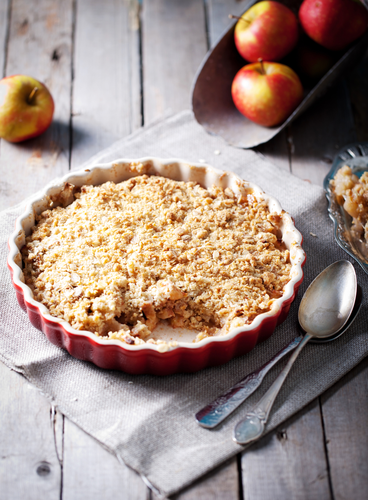 Crumble aux pommes © Anna_Pustynniko shutterstock
