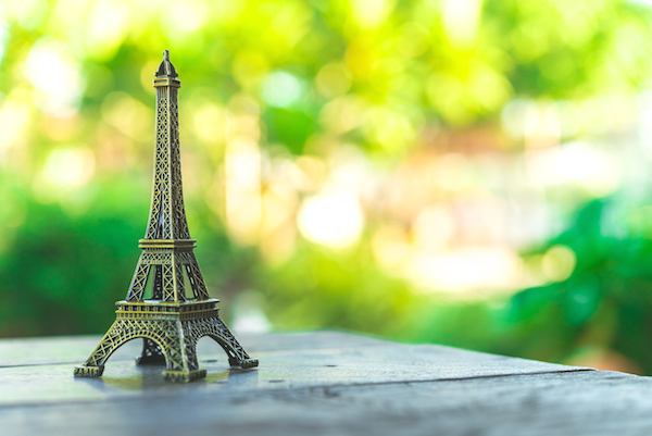 Paris (c)  Everything shutterstock