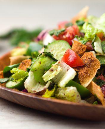 Salade fattouch © Louno Morose shutterstock