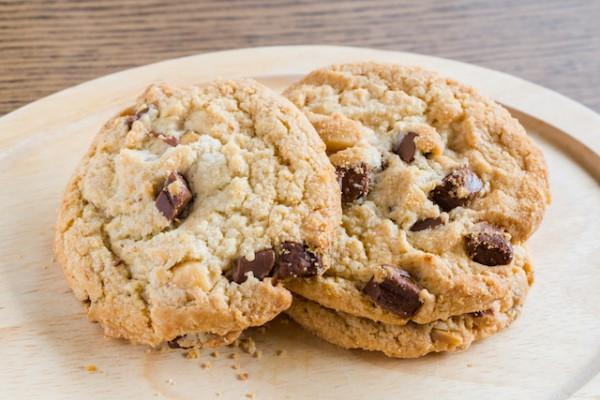 Cookies (c) Wassamon shutterstock