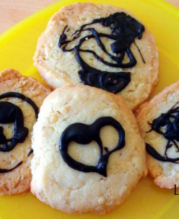 Cookies aux flocons d'avoine et au beurre salé sans œufs