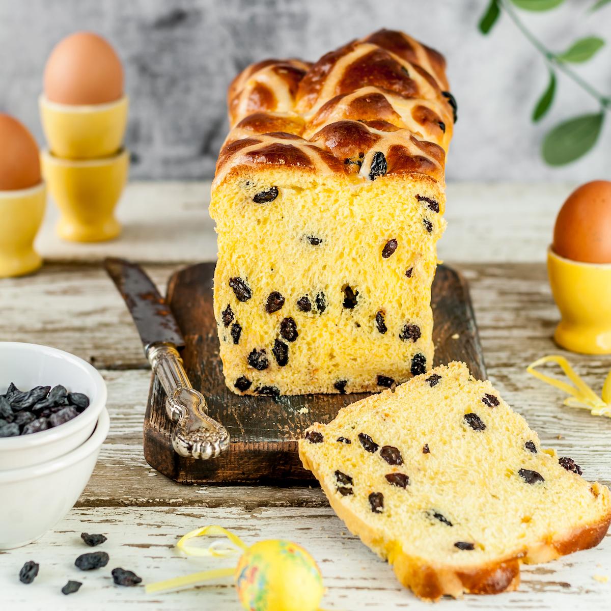 Cornish saffron cake ©De Tatiana Vorona shutterstock