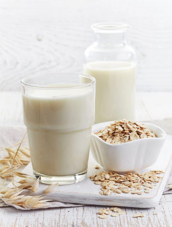 Flocons d'avoine et lait de soja ©baibaz shutterstock