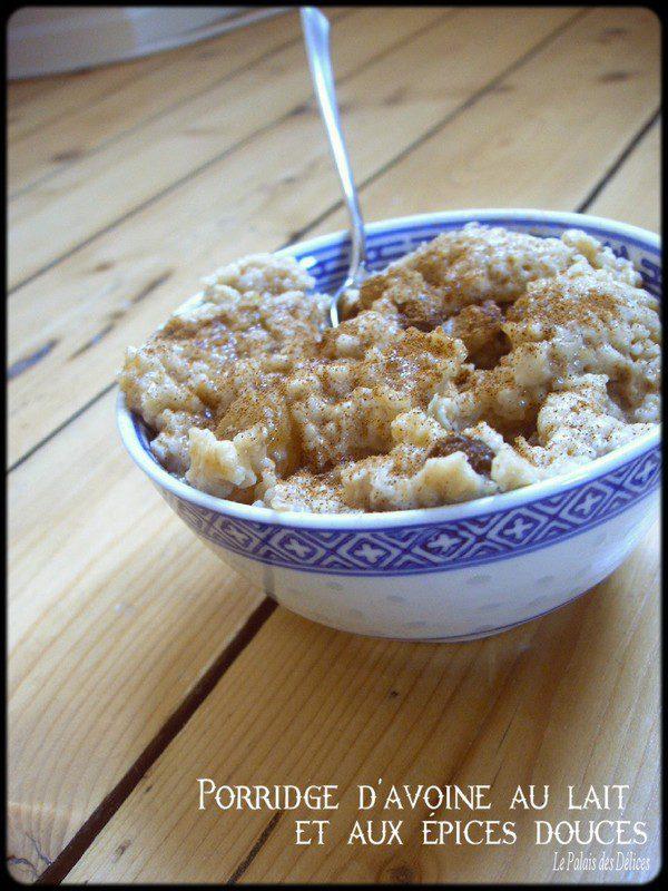 Porridge d'avoine au lait et aux épices douces sans lait sans œufs