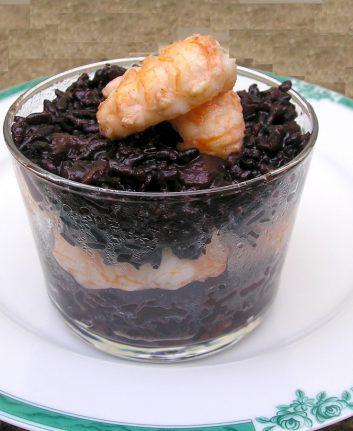 Risotto noir au fenouil et queues de langoustines