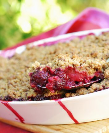Crumble aux fruits rouges © Foodpictures shutterstock