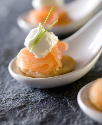 Pommes de terre et saumon fumé ©cobraphotography shutterstock