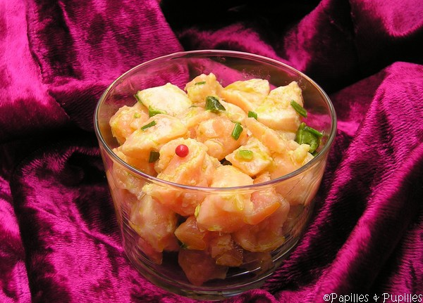 Tartare aux deux saumons pistaches et baies roses