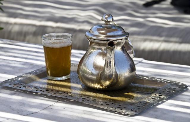 Thé à la menthe (c) Daniel Wanke CC0 Public Domain Pixabay