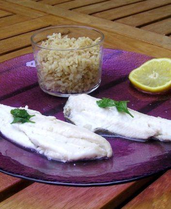 Filets de limande sole à la vapeur et riz à la cardamome