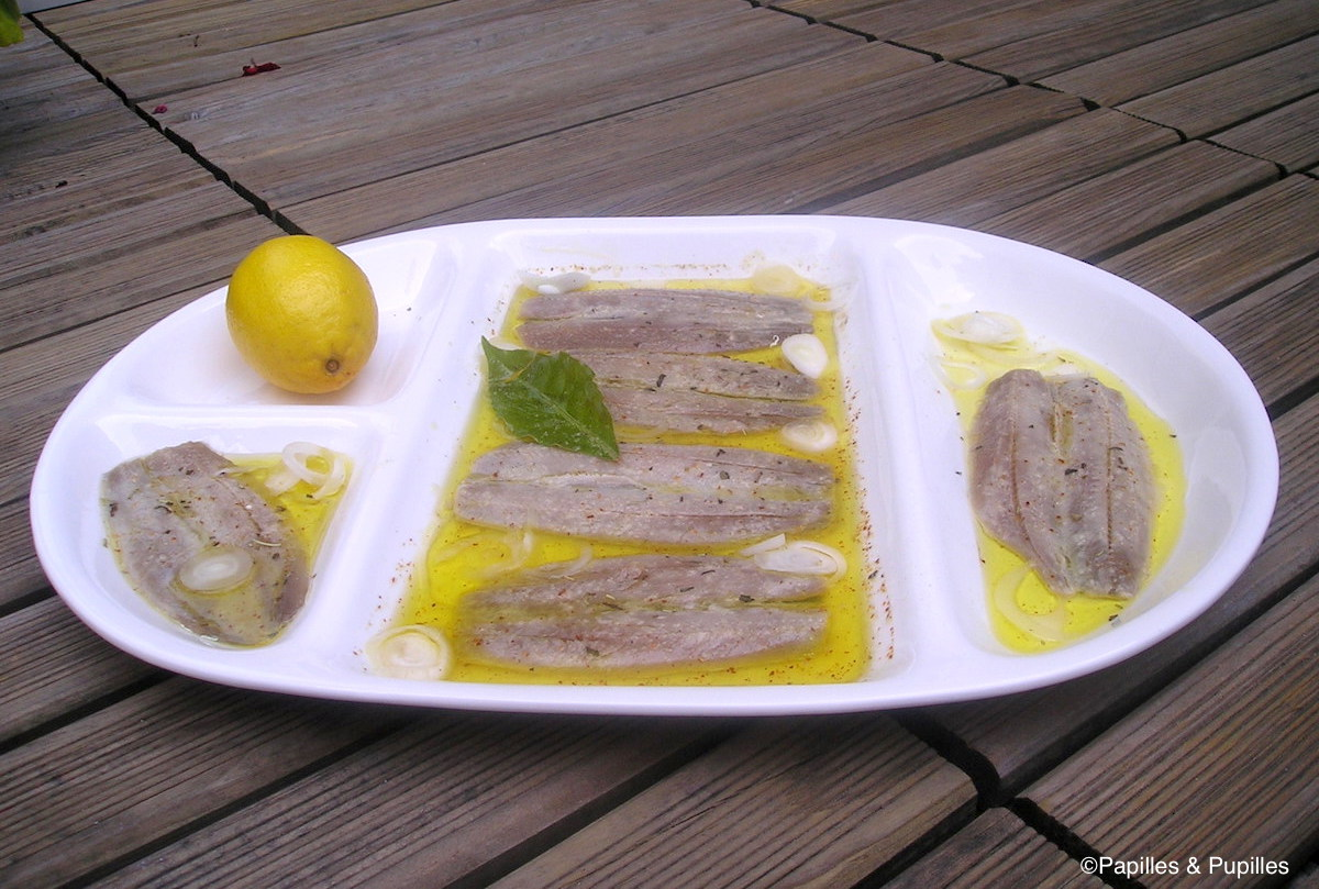 Sardines fraîches marinées à l'ail et au citron