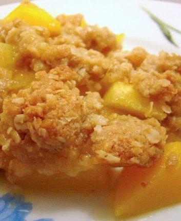 Croustade épicée à l'ananas et aux mangues sans œufs