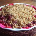 Crumble aux spéculoos et aux fruits rouges sans oeufs