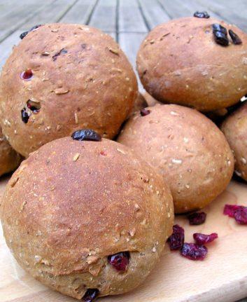 Petits pains aux airelles