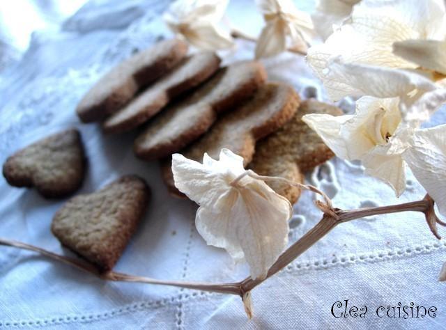 Biscuits à l'épeautre et aux épices sans oeufs