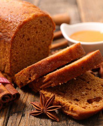 Gâteau aux épices © margouillat photo shutterstock