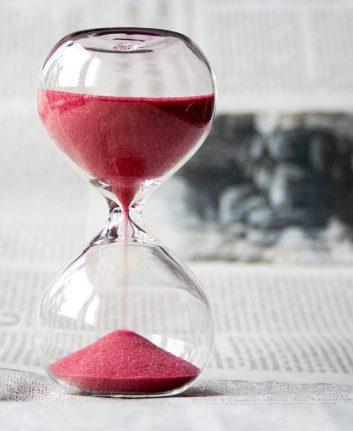 Le temps qui passe (c) Nile CC0 pixabay public domain