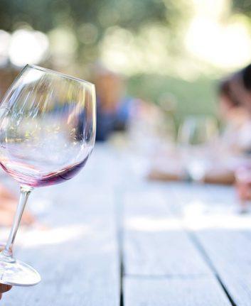 Vins (c) Jil111 CC0 pixabay Domain Public