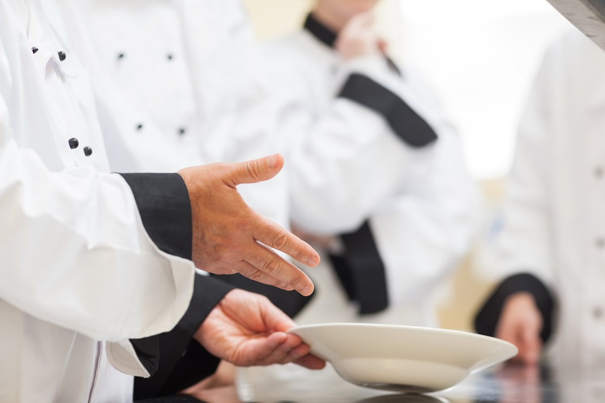 Ecole de cuisine ©wavebreakmedia shutterstock