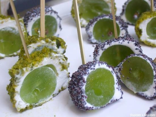 Bouchées chèvre raisins pistaches