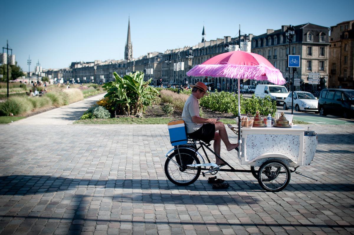 Les quais de Bordeaux (c) SnippyHolloW CC BY-SA 2.0