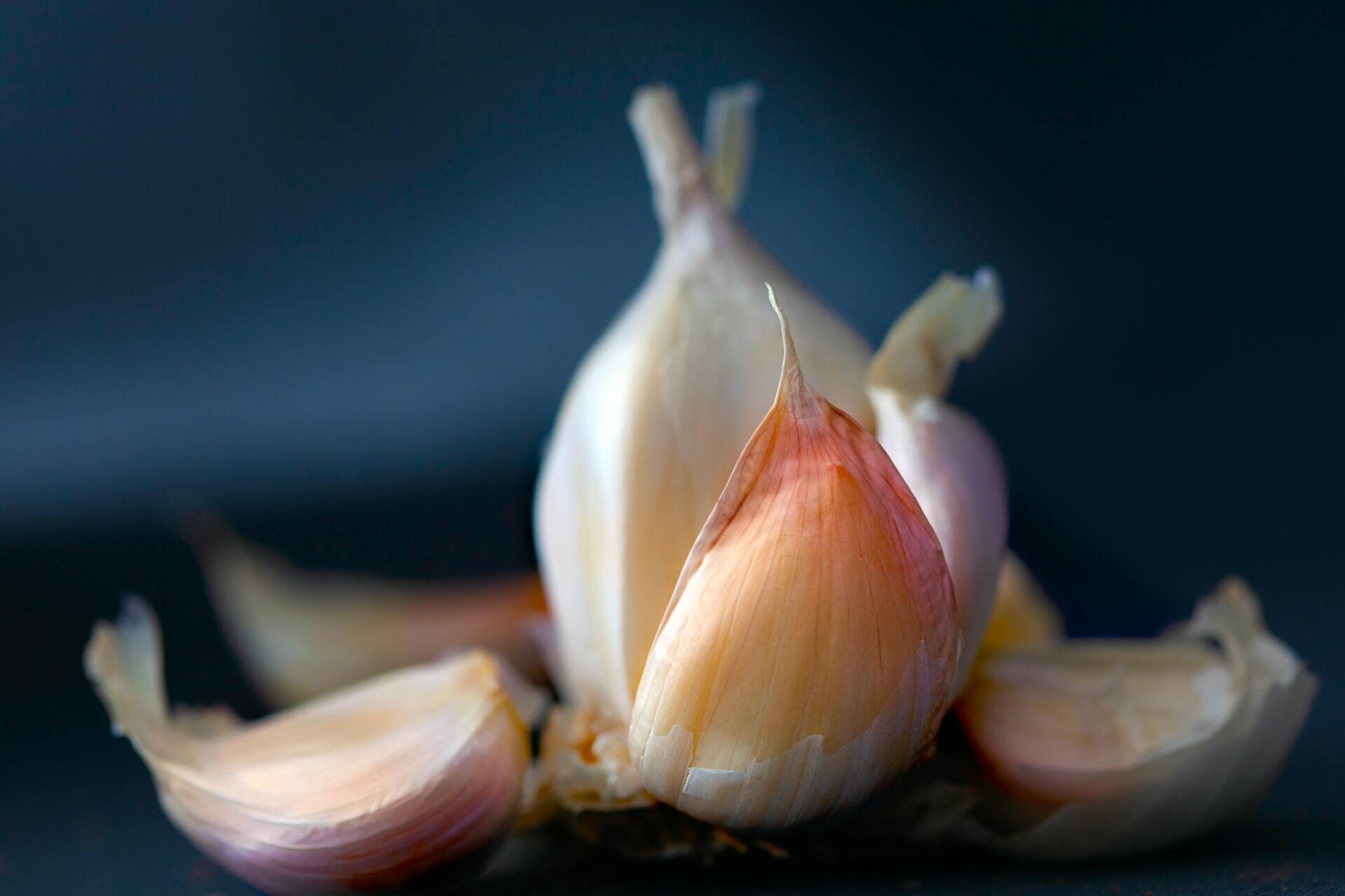 Gousses d'ail ©Michele Blackwell on Unsplash