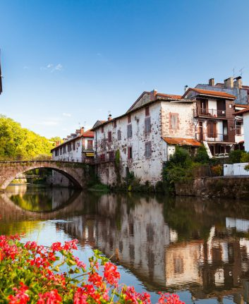 Pays Basque ©peapop shutterstock