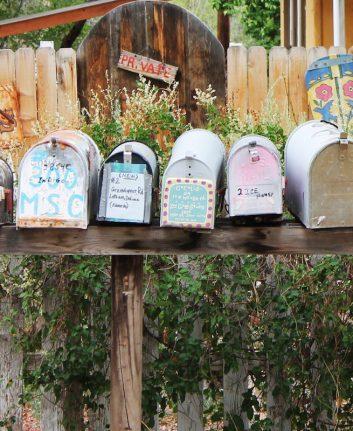 Boites aux lettres ©Avalon_Mists CC0 Pixabay