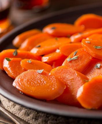 Carottes braisées au jus d'orange ©Foodio shutterstock