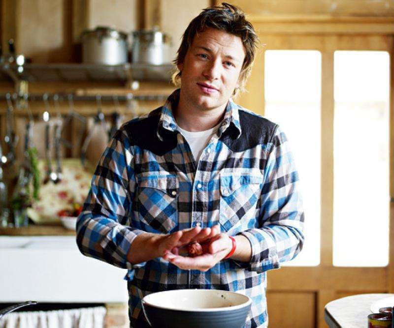 Quand jamie oliver joue cupidon for Cuisinier oliver