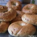 Bagels aux oignons caramélisés