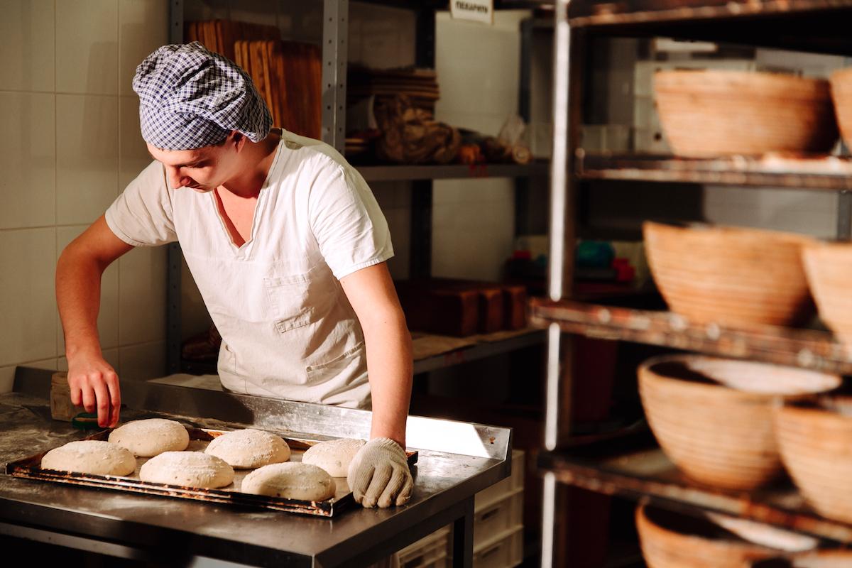 Comment inciser son pain les diff rents coups de lame en - Comment inciser les chataignes ...