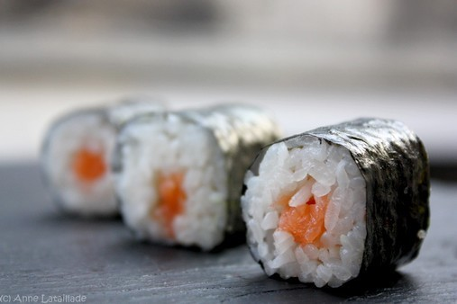 Makis au saumon - (copyright) Anne Lataillade