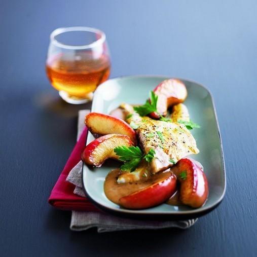 Filets de dorade au cidre et aux pommes