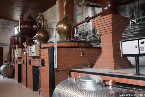 Salle de distillation - Domaine abk6