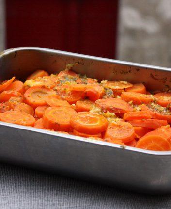 Carottes aux zestes d'orange ail et persil