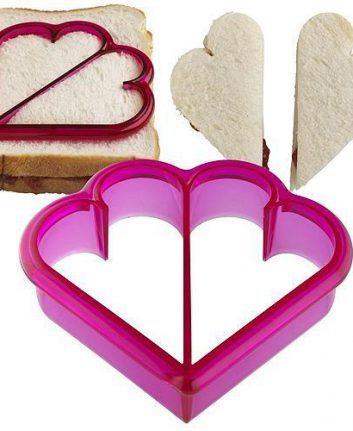 Emporte pièce cœur pour sandwich