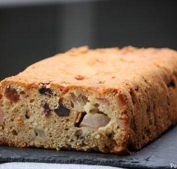 Cake aux poires raisins et cardamome