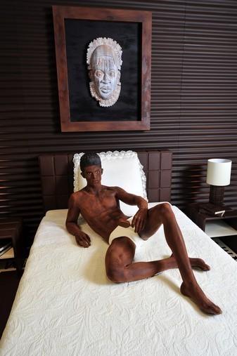 Baptiste Giacobini en chocolat dessiné par Karl Lagerfeld pour Magnum