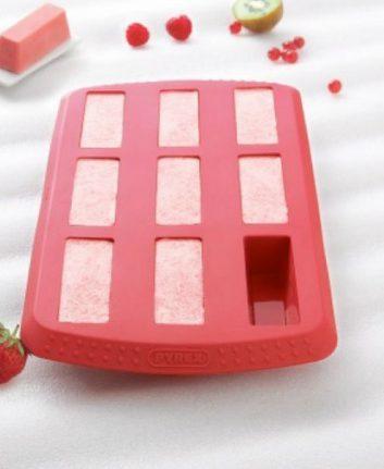 Glaces à la fraise avec le moule à mini cakes Pyrex®