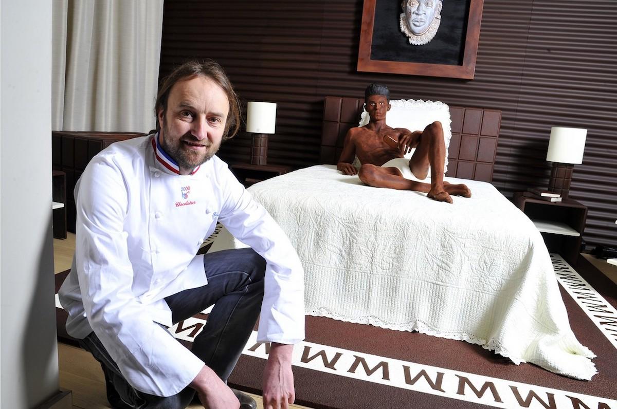 Patrick Roger - Suite en chocolat Magnum by Karl Lagerfeld