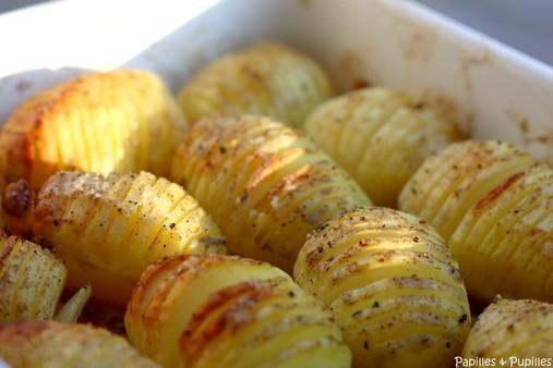 Pommes de terre rôties à la suédoise - Hasselback potatoes - Juste sorties du four