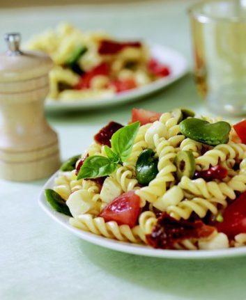 Salade de pâtes printanière à la mozzarella et aux fèves © Marie-LaureTombini - Passion-Cereales