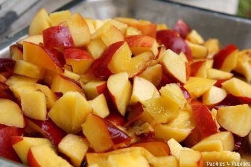 Nectarines coupées